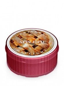 Daylight APPLE PIE Kringle Candle